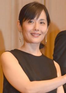 富田 靖子