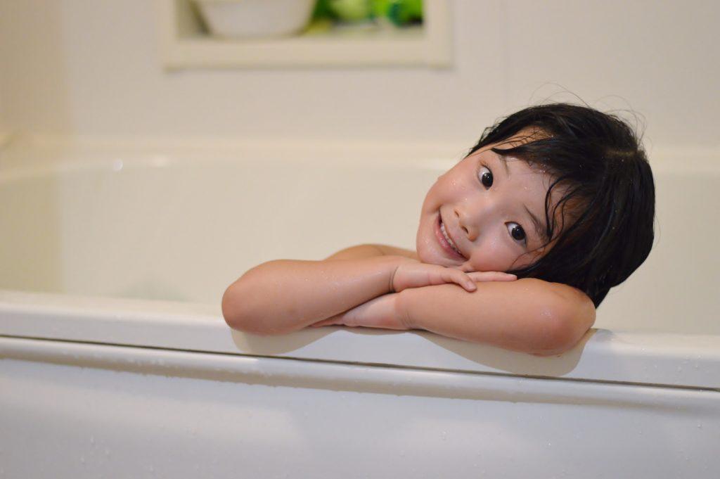 子育て中のお風呂は何時ごろがいい?就寝時間に影響するって?