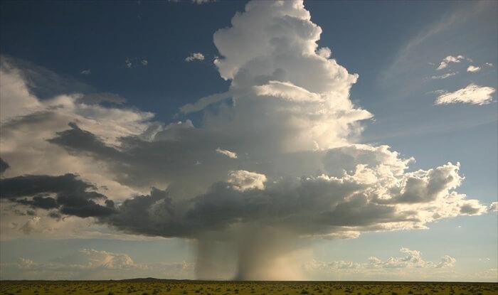 ラピュタの雷の目撃情報まとめ!威力や被害状況はどれくらい?【動画あり】